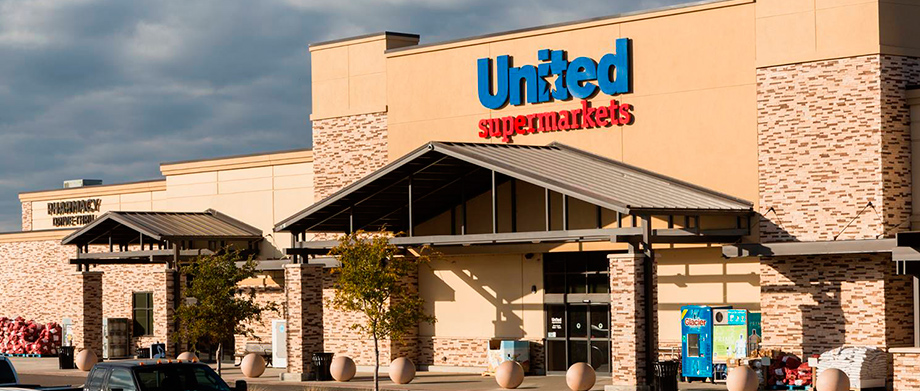 United Supermarkets Exterior, Slide